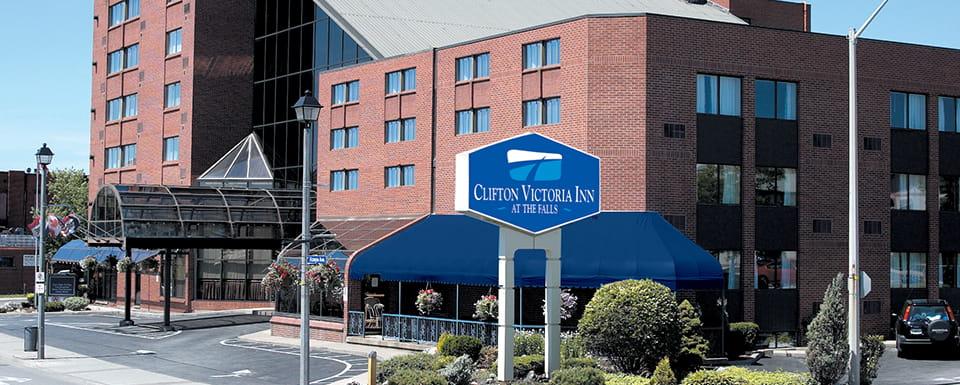 Clifton Victoria Inn - Exterior